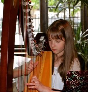 Maya Playing Harp2